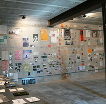 mural cronológico 15 años de nau Côclea. Un proyecto de Instalaciones de montserrat moliner         - 28.12.2011