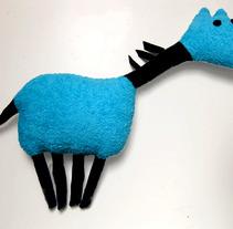 Cavall Blau. Un proyecto de Diseño y Publicidad de el hombre sapo - 14-03-2012