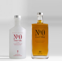 Nº0 Low Cost Premium Drinks. A Design, Advertising, Photograph, and UI / UX project by Carla Varela Peláez         - 25.07.2012
