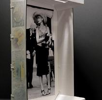El mon dins d'una capsa. A Photograph project by Almudena Conesa  - 14-01-2013