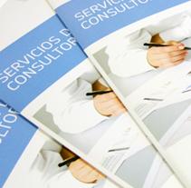 Folletos Corporativos. Un proyecto de  de Silvia Iglesias - 20-11-2012