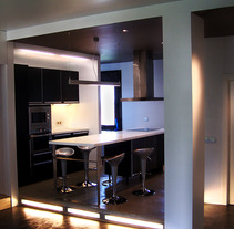 Rehabilitación de Vivienda en Oviedo. Un proyecto de Diseño, Instalaciones, Arquitectura, Arquitectura interior y Diseño de interiores de Jesús Sotelo Fernández - 07-09-2006
