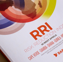 Risk reduction index in West Africa. Un proyecto de Diseño editorial y Diseño gráfico de David Acero Blanes - 29-01-2014