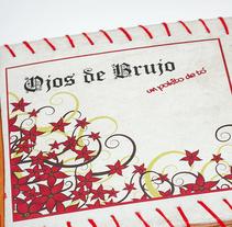 Packaging, libreto y naming para nuevo Cd recopilatorio de Ojos de Brujo. Un proyecto de Diseño, Diseño gráfico y Packaging de Antía Méndez Conde-Pumpido         - 10.06.2014