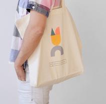 El Trampolín.. Un proyecto de Ilustración, Br, ing e Identidad, Diseño gráfico y Diseño Web de María Carmona Díaz - Viernes, 27 de junio de 2014 00:00:00 +0200