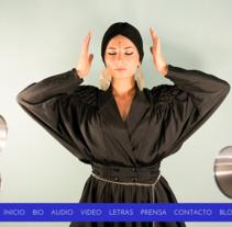 Website Oficial Nastasia Zürcher. Um projeto de Web design de Santiago Avilés         - 08.12.2014