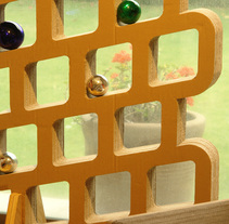 Mampara fabricada de Cartón. A Furniture Design project by luis altuzar          - 12.12.2014