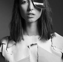 Natalia Muñoz / Vanidad verano 2015. Un proyecto de Fotografía, Dirección de arte y Moda de ALEJANDRO ROD - 15-06-2015
