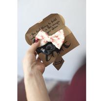 BOW TIE BY INK. Un proyecto de Diseño de complementos, Diseño de vestuario, Moda, Packaging, Diseño de producto y Serigrafía de Iliyana Nicolaeva Coleva         - 08.08.2016