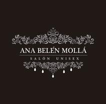 ANA BELÉN MOLLÁ (logo). Un proyecto de Br e ing e Identidad de Lidia Tomás         - 26.10.2016