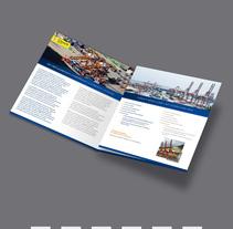 Trípticos de Puertos OHL Concesiones. Um projeto de Direção de arte, Design editorial e Design gráfico de Andrea Abreu         - 01.05.2016