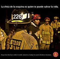Proyecto de campaña de bien público en apoyo a los bomberos voluntarios de Argentina.. Un proyecto de Fotografía y Diseño gráfico de Marcelo González         - 02.06.2017
