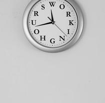 Working Hours. Un proyecto de Fotografía, Diseño gráfico y Tipografía de Daniel Uria         - 01.12.2017