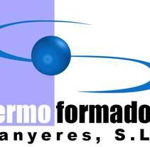 Logo Termoformados Banyeres. Un proyecto de Diseño gráfico de David Están Francés         - 06.12.2009