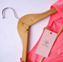 Pink Magnolia. Firma de moda.. Um projeto de Br, ing e Identidade e Diseño de patrones de Christian Leyva         - 14.01.2018